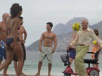 绝对不输内马尔!巴西民间高手的足球技巧