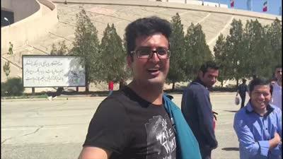 """【球迷】伊朗球迷热情难挡秀中文 穿越了大问""""郝海东呢"""""""