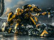 《变形金刚5:最后的骑士》英雄集结版中文预告  大黄蜂施展逆天神技