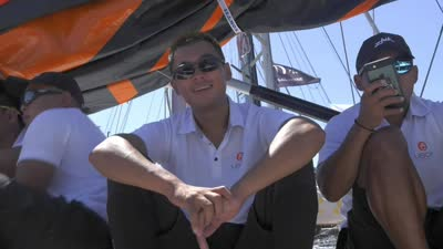 怎么大风越狠 我心越向往 友宝队悉尼霍巴特帆船赛前谈笑风生