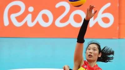 中国女排1-3遭美国逆转 小组第四晋级淘汰赛