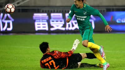 新疆主帅:比赛很精彩 绿城未来在中国足坛必有一席之地