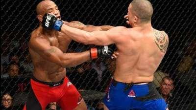 UFC213维泰克尔爆冷击败罗梅罗 叫嚣冠军比斯平