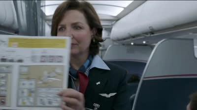 汤姆汉克斯《萨利机长》首曝预告 讲述飞行员成功迫降故事
