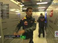 F1澳大利亚站一练 跟着里卡多屁股扭扭做运动!