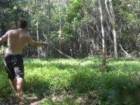 《极限荒野生存教学》第十一期 练习投石索