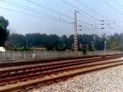窦店火车站:Z字头火车有多快?看北京西到昆明Z161次的速度