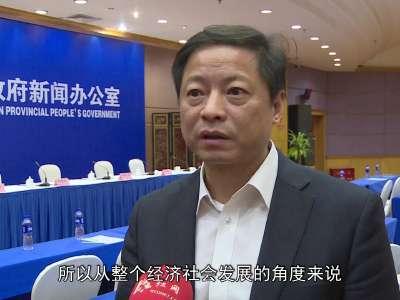 湖南县以上党政机关年内普设法律顾问