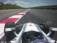 F1马来西亚站FP2:博塔斯今晚失误赛车冲出赛道