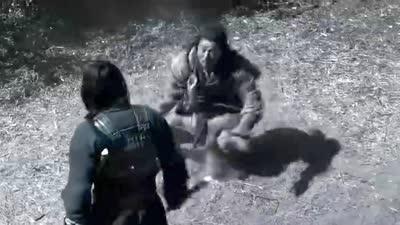 《大兵小将》片段:将军对逃兵,不会打架的成龙逗比能力爆表!
