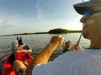 长寿秘诀大公开 动静结合划个船钓鱼最养生