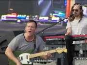 格莱美最佳摇滚专辑得主Cage the Elephant 2017年Lollapalooza音乐节演出实录