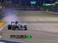 F1新加坡站FP2:汉密尔顿轮胎锁死冲出赛道