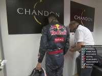 F1新加坡站赛后休息室:看看丢了几斤水!