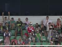 神Cos!F1马来西亚站排位赛Q1:看台惊现维特尔观战