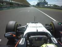 F1马来西亚站FP2 佩雷兹报告右前胎抓地力不理想