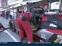 WEC富士六小时正赛:奥迪7号赛车进站检修
