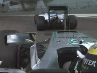 F1阿布扎比站排位赛Q2 汉密尔顿被挡好生气