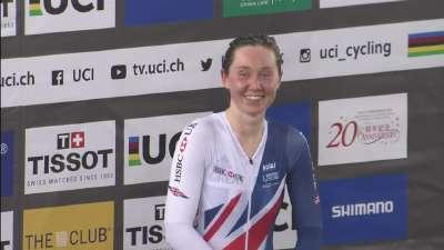 女子全能赛颁奖典礼 英国选手拿到金牌