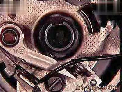 印象汽修-汽车动画之发动机分电器简介视频