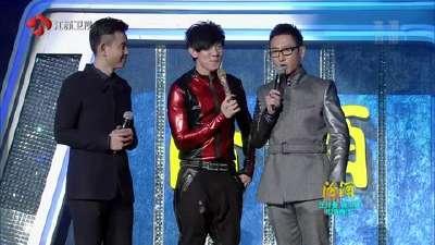 林俊杰《不潮不用花钱》-2013江苏卫视跨年演唱会