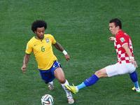 巴西世界杯首球冷门 马塞洛解围不慎乌龙