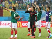 回放-墨西哥1-0喀麦隆 裁判接连吹掉3球