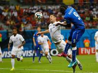 全场回放-意大利2-1英格兰 两队攻势如潮巴神绝杀