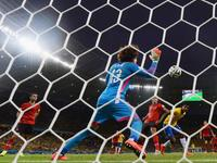 巴西0-0憾平墨西哥 内马尔难奈逆天门将
