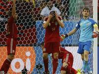 西班牙0-2智利 卫冕冠军两连败惨遭淘汰
