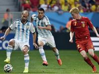 全场回放-阿根廷1-0比利时 梅西失单刀伊瓜因破门 中横梁