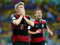德国前场抢断克罗斯推射得分 德国4-0再得手