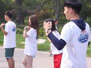 《中国梦之声偶像日记》20140910:学员齐跳广场舞版小苹果 正太遭调侃水平不如大妈