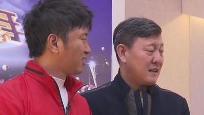 """萌叔韩磊变身指导老师 张杰台下带头""""搞怪"""""""
