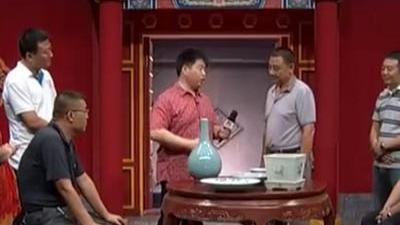拍卖行瓷器专场 花瓶花盘齐上场