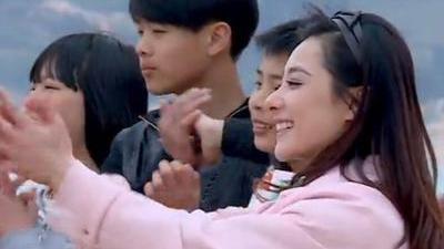 刘璇变身铁血教练 李祥祥厨艺作品猪都嫌弃