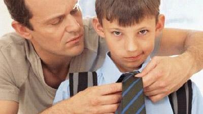 """过度唠叨关心反应激烈 你的父母有没""""断奶""""症状吗?"""