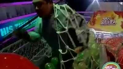 长颈鹿哥哥获得奖金