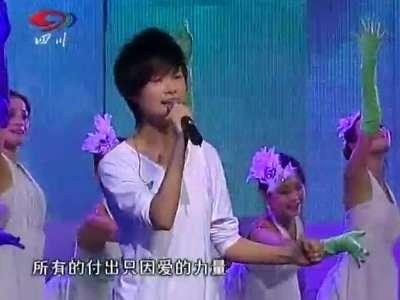 李宇春的歌和你一样