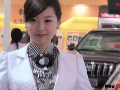 街拍北京车展原味美女